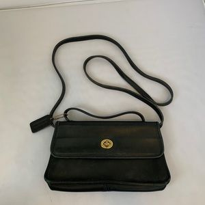 Vintage Leather Coach Crossbody W/Handle